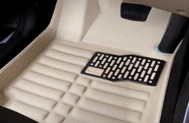 کفپوش سه بعدی که مانع از نفوذ مایعات و گرد و غبار به کفی فابریک خودرو می شود