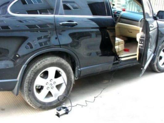 پمپباد فندکی برای باد کردن لاستیکهای پنچر شده و کم باد خودرو