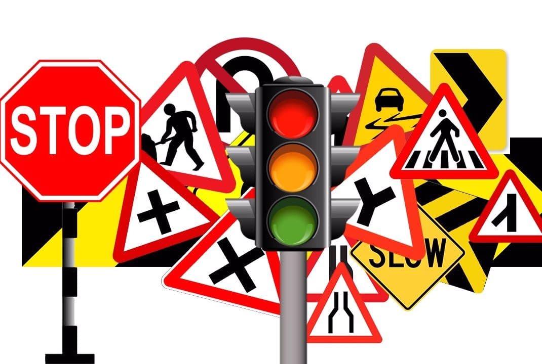 تابلوهای ترافیکی انتظامی